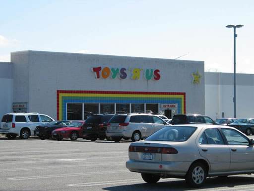 Toys R Us Long Island City